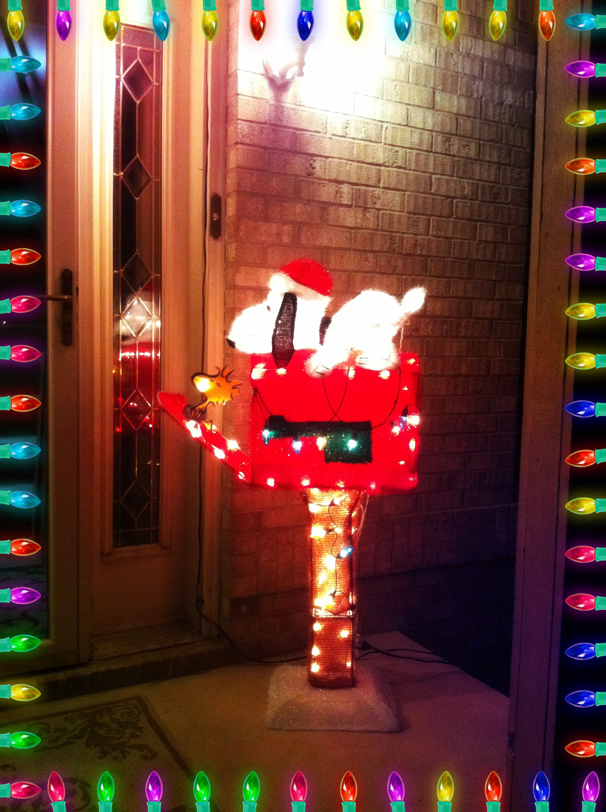 Snoopy outdoor christmas decorations - Then We Love This Snoopy