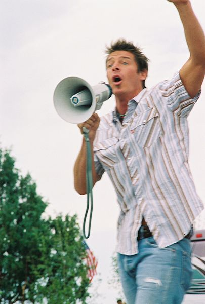 What is it like to meet ty pennington you can find out for yourself at ribfest on 6 30 for Extreme home makeover designers
