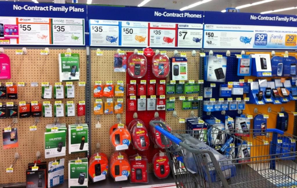 cbias-FamilyMobileSaves-Walmart-Family-Mobile-No-Contract-Display-1024x650-shop