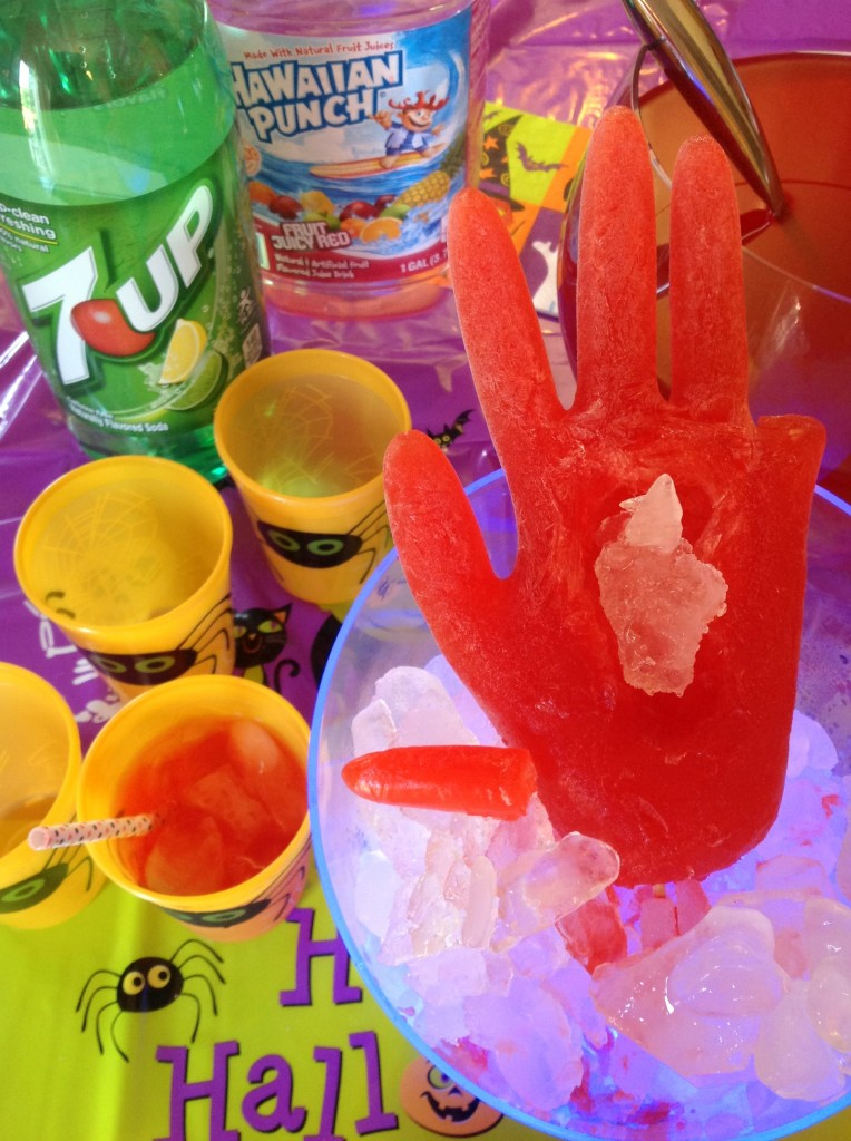 #CBias #SpookyCelebration Mars Candy Hawaiian Punch 7UP Hand