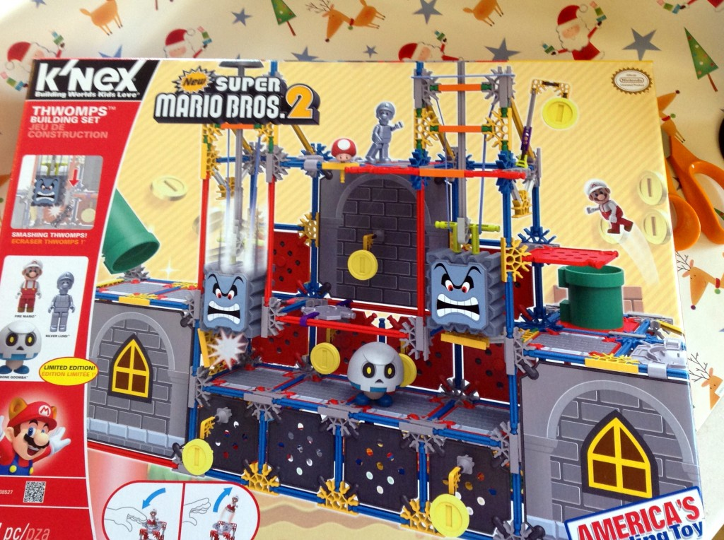 K'NEX Super Mario Thwomps