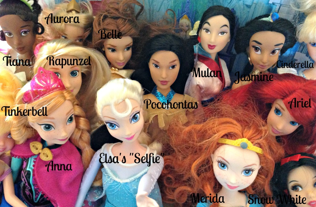 #FROZENFun FROZEN Movie Elsa's Selfie Names Toys Dolls #cbias #shop