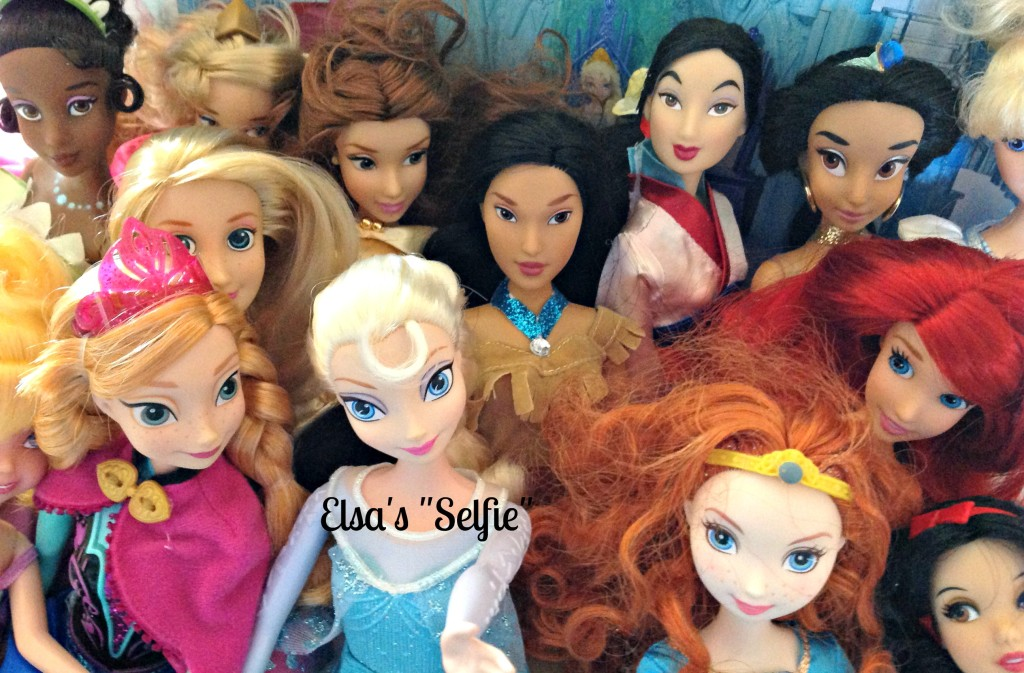 #FROZENFun FROZEN Movie Elsa's Selfie Toys Dolls #cbias #shop