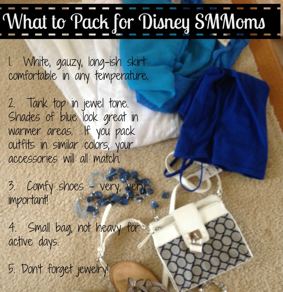What to Pack for Disney SMMoms Blue Outfit