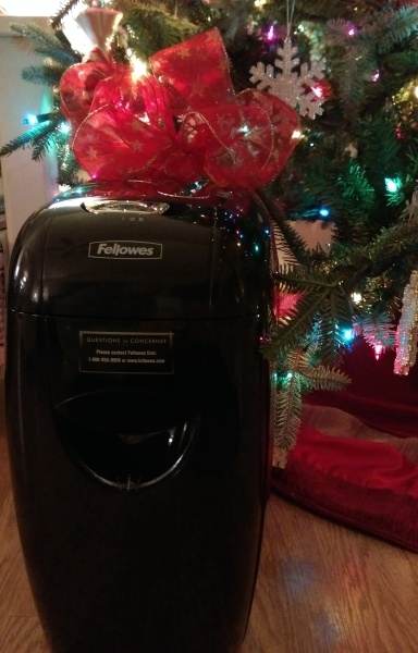 #IC #GiftFellowes #Sponsored Shredder Long View