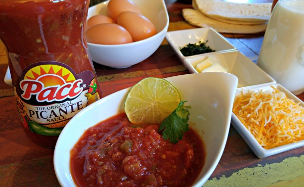 Ingredients Huevos Rancheros To Go #StockUpOnPace #Jewel #cbias