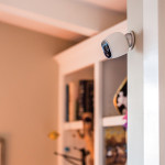 Arlo by Netgear Camera with Magnetic Wall Mount