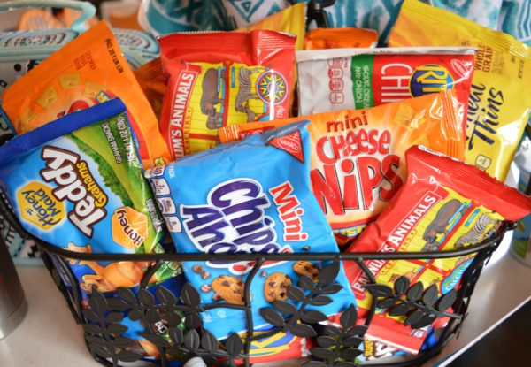 Basket Make Back to School Easy #PackSnacksTheyLove #cbias