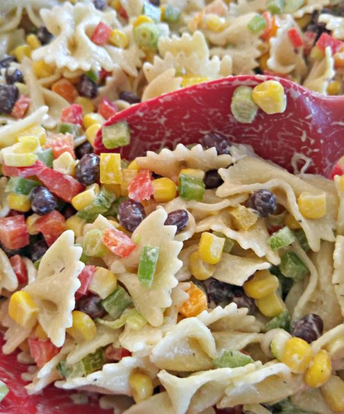Mix #SoldInCold Southwestern Pasta Salad with Litehouse Jalapeno Ranch Dressing